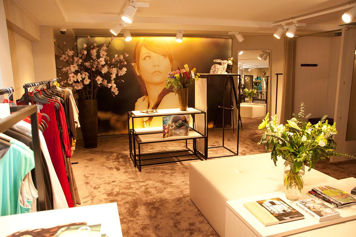 daisy-vd-heuvel-M51-retail-hoogenboom-women-kelder