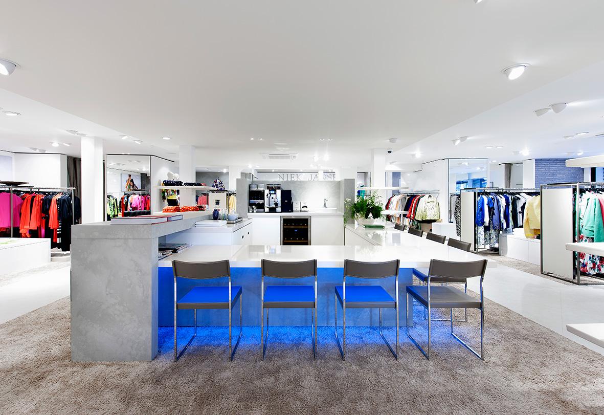 daisy-vd-heuvel-niek-jansen-M51-retail-koffie-corner