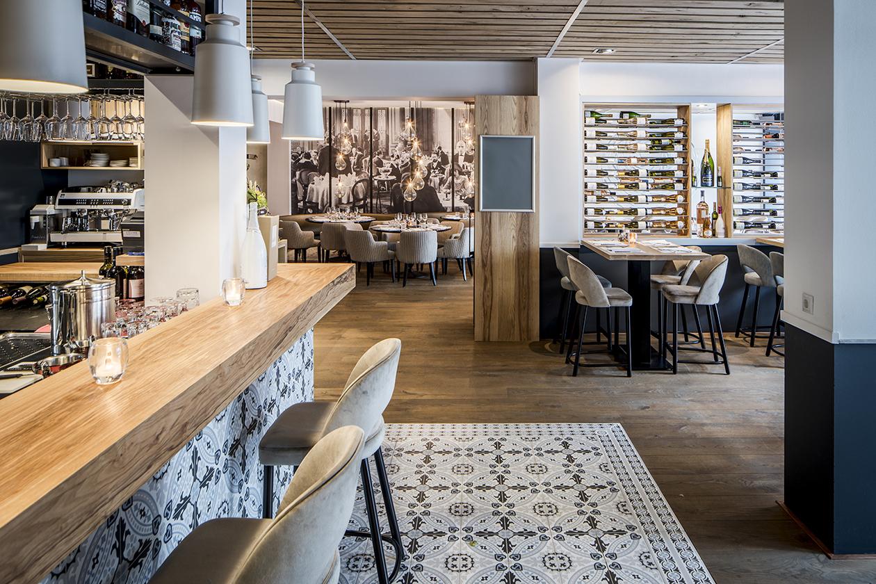 Omega-grieks-restaurant-zakelijk-ontwerp-Daisy-Heuvel